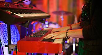 Brighton-Function-Band-Informer-WWD-330-2